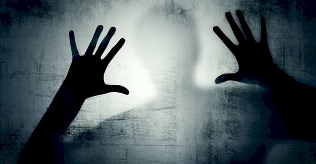 अवसाद : सभी संवेदनशील लोग इस दुनिया से आत्महत्या करके जा रहे हैं।