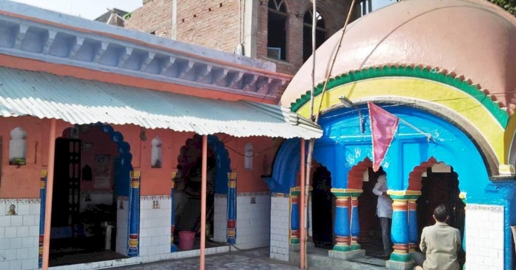 हमीरपुर में मराठाकालीन मंदिर में कोरोना के कारण जन्माष्टमी की नहीं मचेगी धूम