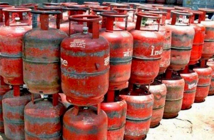 बिना ओटीपी के अब नही मिलेगा गैस सिलेंडर, 1 नवंबर से लागू हो रहा है ये नया नियम