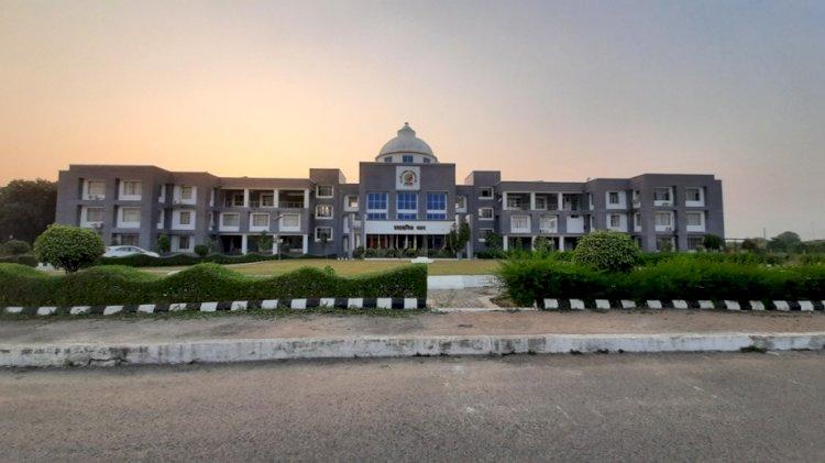 कृषि विश्वविद्यालय बाँदा का कृषि विज्ञान केन्द्र, हमीरपुर भी पुरस्कृत