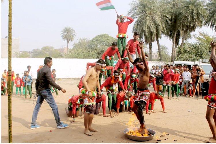 बुन्देलखण्ड़ की लोक कला दीवारी नृत्य ने विदेशों में भी खुशबू बिखेरी