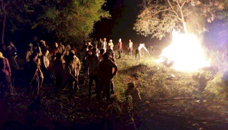 महिला और उसकी बेटी व बेटे की एक साथ चिताएं जलीं, पूरा गांव गमगीन