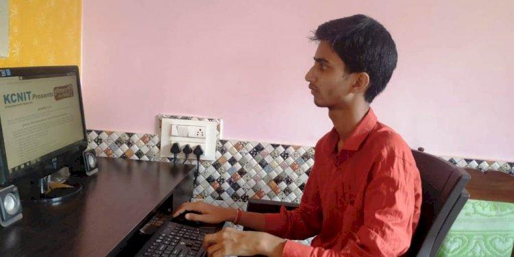 बुंदेलखंड प्रतिभा सम्मान परीक्षा में 8000 से अधिक परीक्षार्थी  हुए सम्मिलित