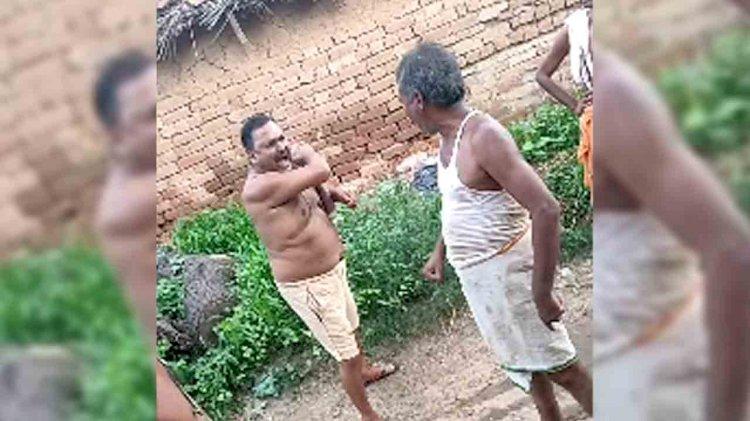चित्रकूट : खंडेहा गांव में  दबंग कर रहा रास्ते में अवैध निर्माण और दे रहा अनुचित जाति को खुले आम गालियां