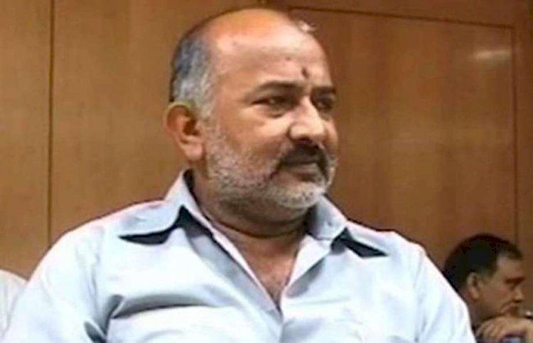 हमीरपुर : पूर्व मंत्री बादशाह सिंह ने पूर्व सैनिकों को सम्मानित किया