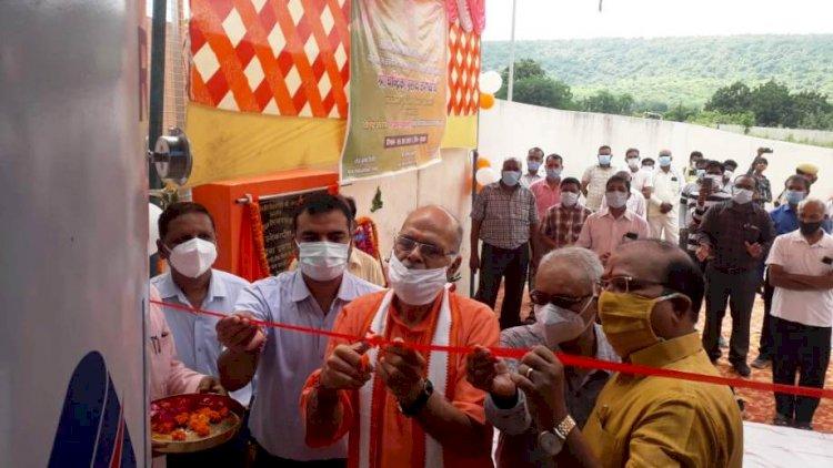 चित्रकूट : लोक निर्माण राज्यमंत्री ने किया ऑक्सीजन प्लांट कालोकार्पण