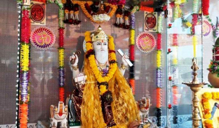 हिन्दू धर्म का नाम न लेने वाले आज विश्वकर्मा मंदिर बनवाने की कर रहे छद्म घोषणा : भाजपा